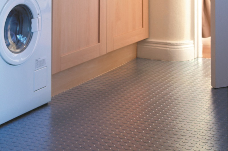 kitchen flooring studded.jpg